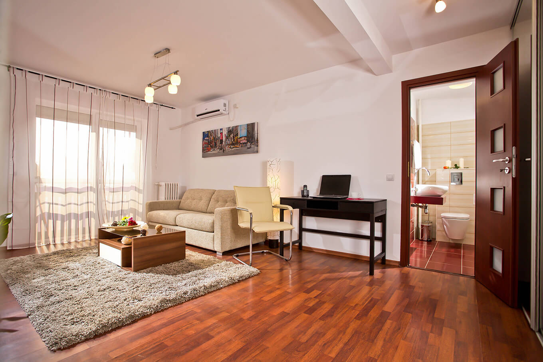 Bucharest 2 rooms apartment for rent short term for Bucharest apartments